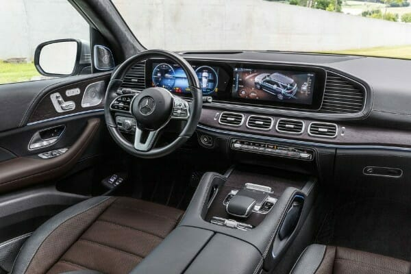 2020 Mercedes-Benz GLE - interior view