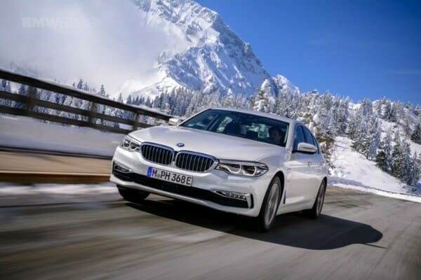 2018 BMW 530e Plug-In Hybrid - front view