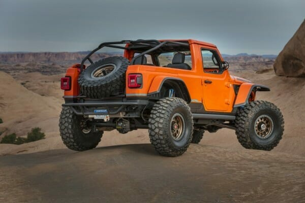 Jeep Sandstorm Concept - right rear view