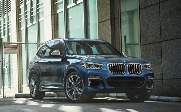 2019 BMW X3 right front view