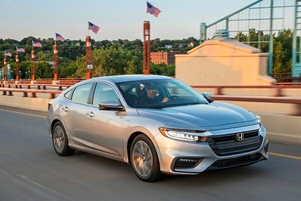 2019 Honda Insight right front view