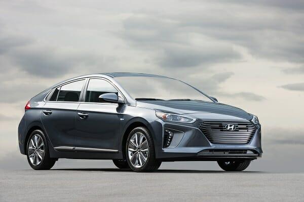 Hyundai Ioniq right side view