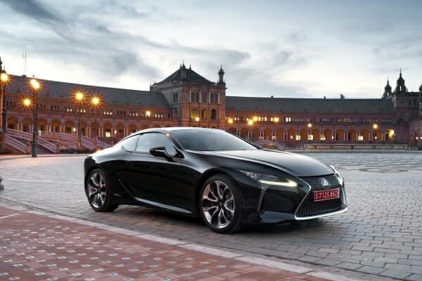 2019 Lexus LC500H right side view