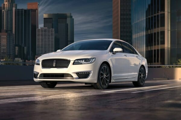 2019 Lincoln MKZ hybrid left front view