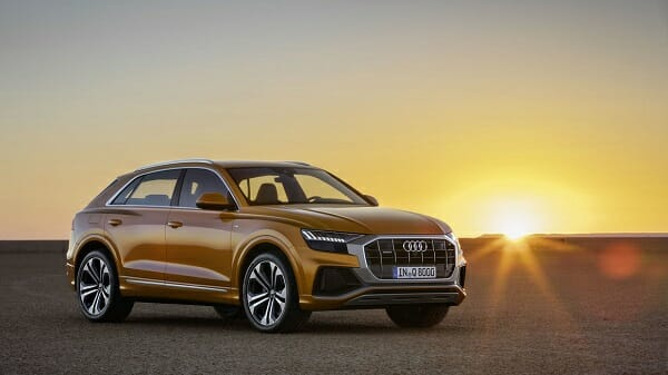 2019 Audi Q8 - right front view