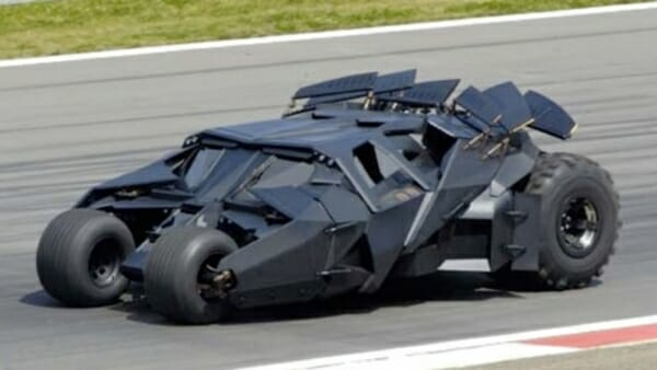 tumbler batmobile - left side view
